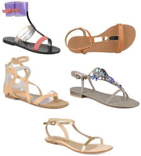 Sandales, la tendance est au plat