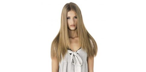 avoir des cheveux longs