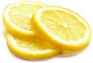 Du citron pour blanchir les ongles