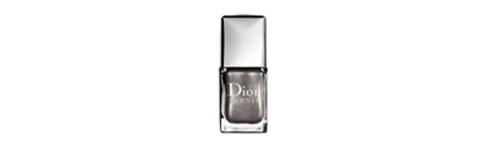 Vernis à ongles Dior gris perle nacré