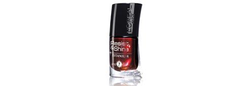 Vernis à ongles L'Oréal, noir rouge