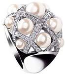 Bague diamants et perles, Chanel