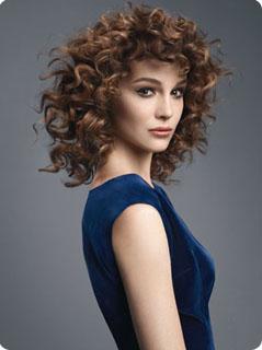 Coupe cheveux bouclés Camille Albane