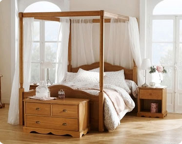 lits baldaquin pour de douces nuits le blog beaut femme. Black Bedroom Furniture Sets. Home Design Ideas