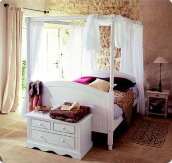 Lits baldaquin pour de douces nuits le blog beaut femme - La redoute decoration ...