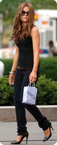 Kate Beckinsale porte un slim signé JBrand