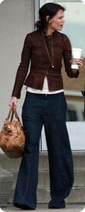 Katie Holmes en jean large JBrand