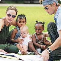 Brad, Angelina, Maddox, Zahara et Siloh