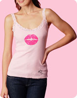 Tee-shirt Betsey Johnson contre le cancer